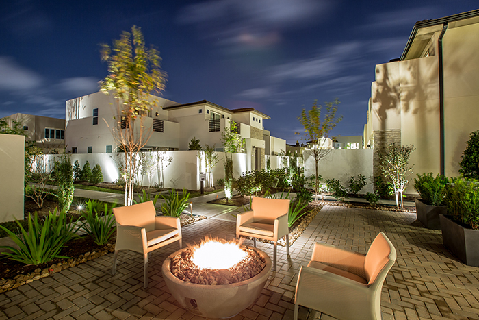 Royal Oaks Courtyard Villas